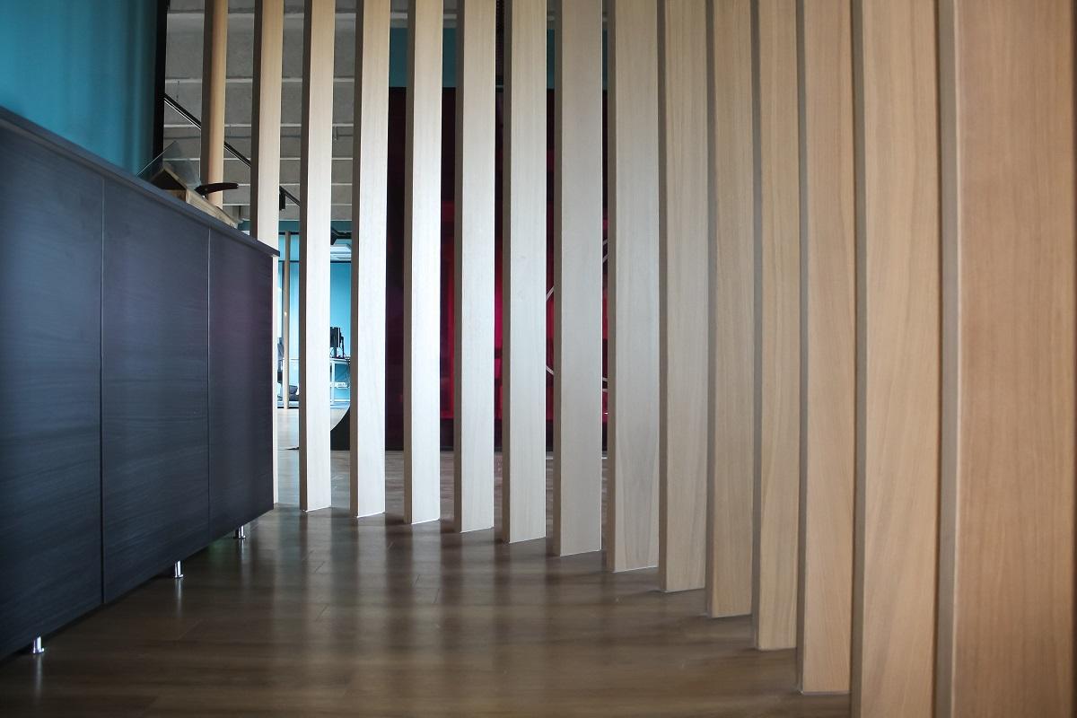 Screen – Corridor