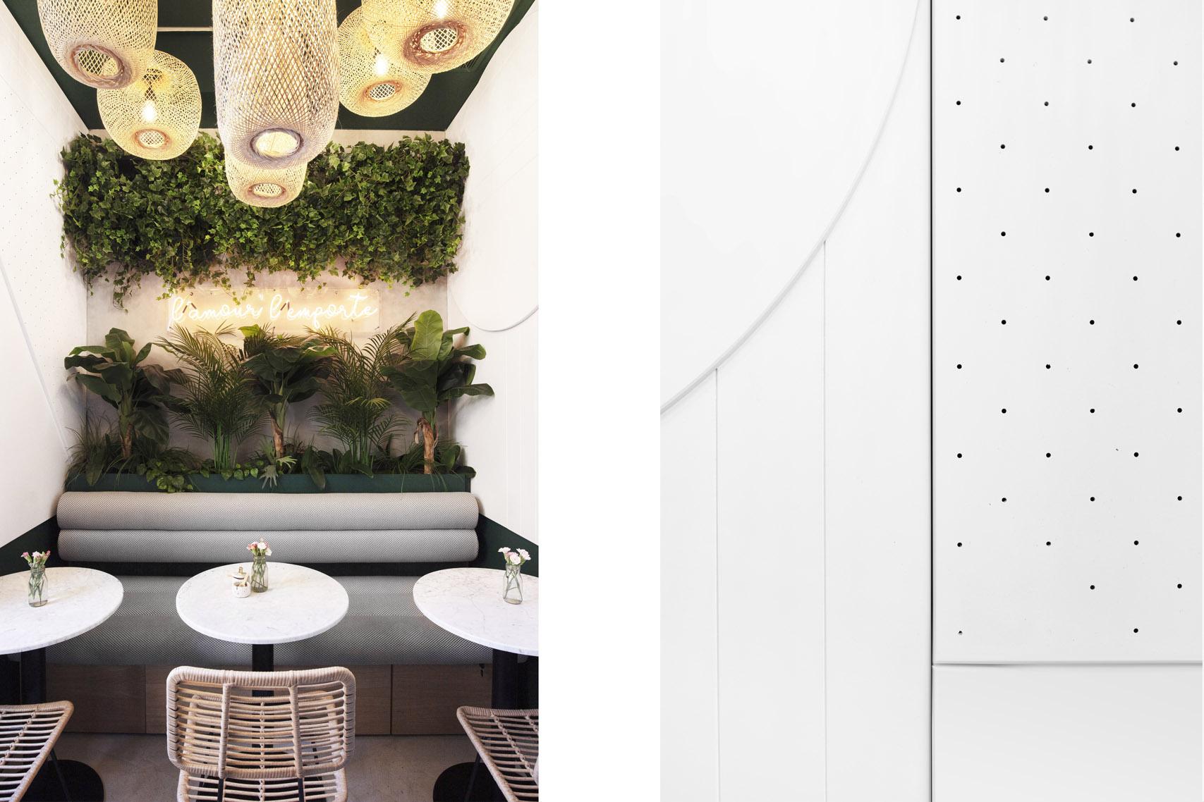 Habillage mural acoustique – Banquette avec rangements – Tables – Crédit Photo: Studio 614