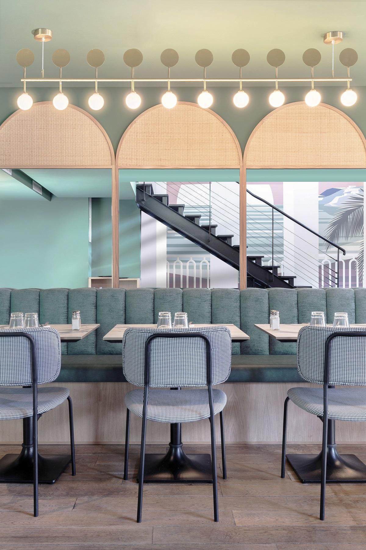 Tables_Banquettes & habillages muraux- Crédit photo Studio 614