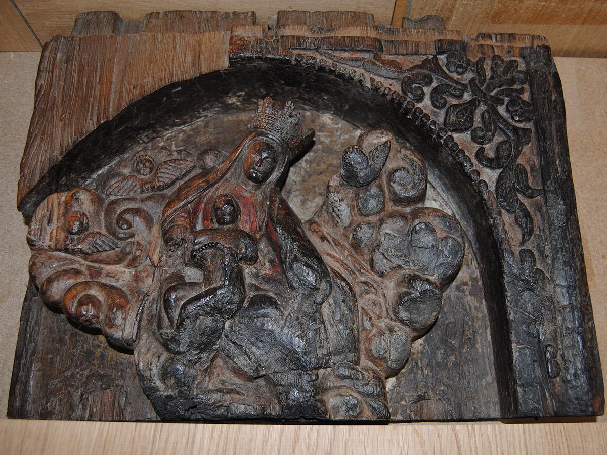 Rénovation scultpure sur bois